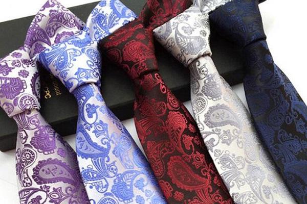 شش مدل کراواتی که هر مردی باید در کمد لباس هایش داشته باشد