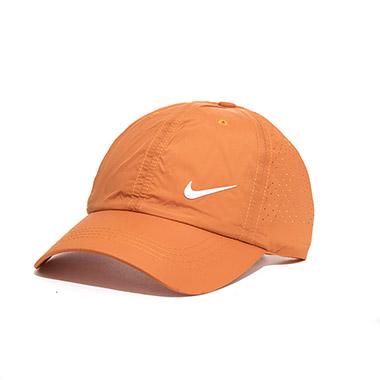 کلاه لبه دار اسپرت کد محصول caps115