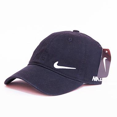 کلاه لبه دار اسپرت کد محصول caps135a