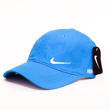 کلاه لبه دار اسپرت کد محصول caps138a