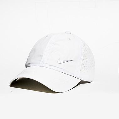 کلاه لبه دار اسپرت کد محصول caps109